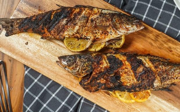 طرز تهیه ماهی کبابی جذاب و لذیذ