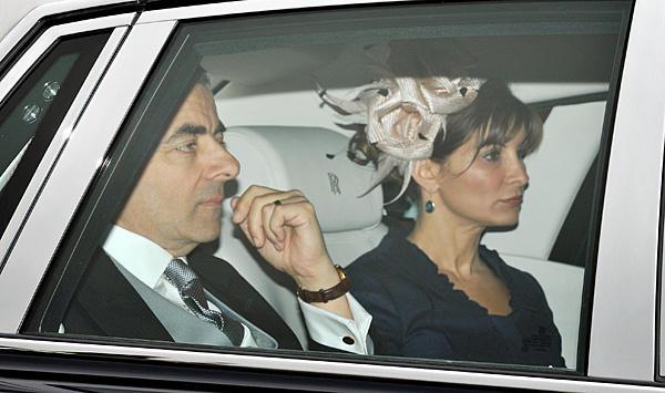 عکس:مستر بین و همسرش در عروسی نوه ملکه انگلیس www.TAFRIHI.com