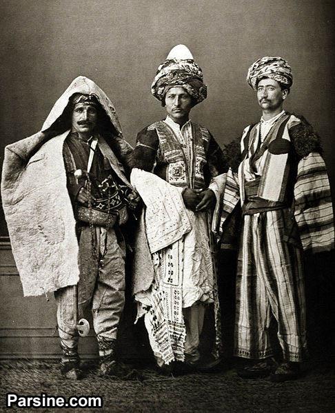 http://upload.wikimedia.org/wikipedia/commons/thumb/0/09/Kurdscostunme.jpg/486px-Kurdscostunme.jpg