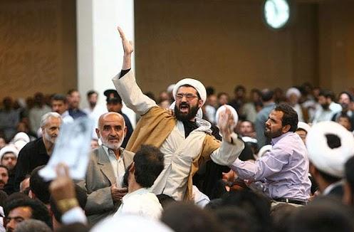 """دنیای اقتصاد -  نقش حجت الاسلام """"ش"""" و موسسه خاص در ماجرای قم + عکس"""