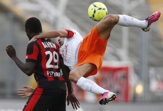 عکس فوتبال رباتیک شبکه پویا
