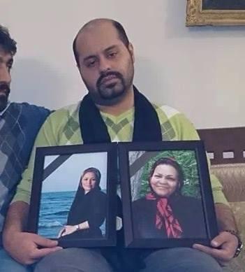 عکس: پیمان عارفی در سوگ مادر و همسرش