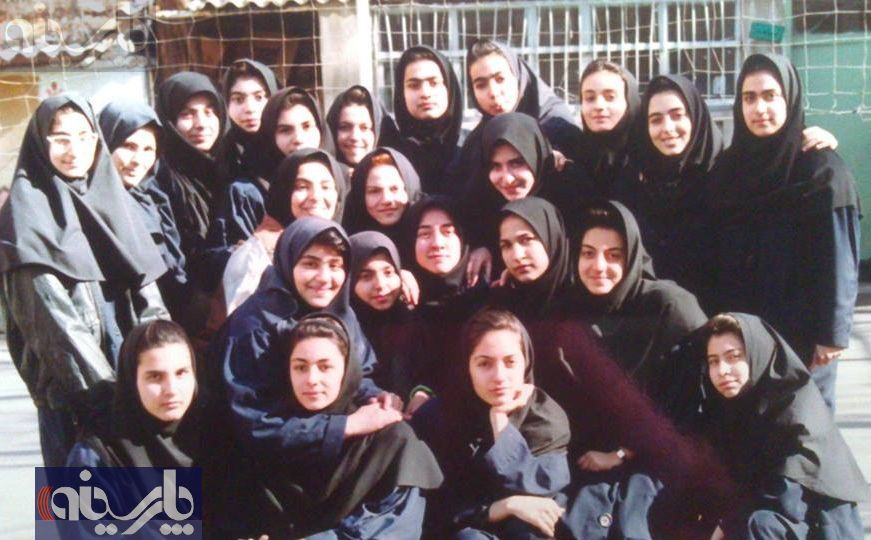 مهناز افشار دبیرستانی