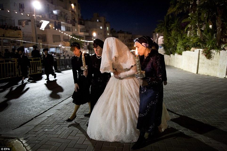 عروسي عجيب يهوديها