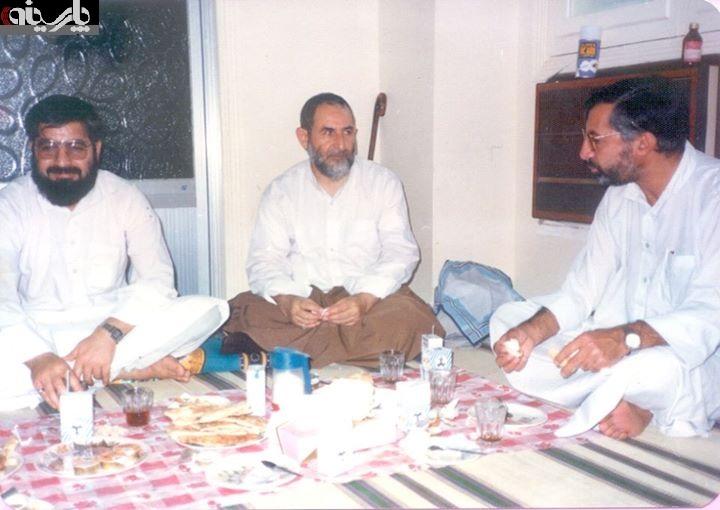 عکس: حسن روحانی،  جلال   الدین   فارسی  و شیخ محمد یزدی در سفر حج/ 1358