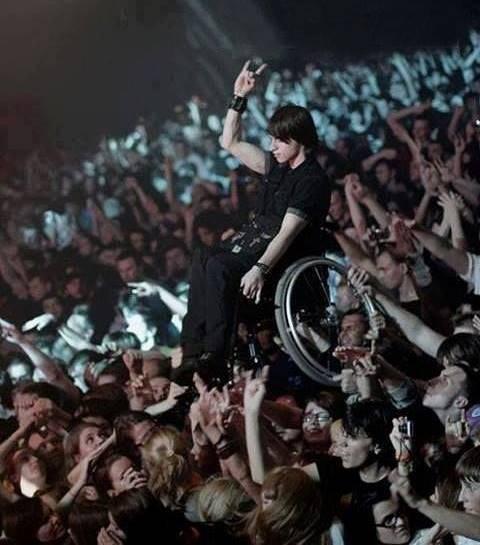 عکس/ اتفاقی عجیب در یک کنسرت