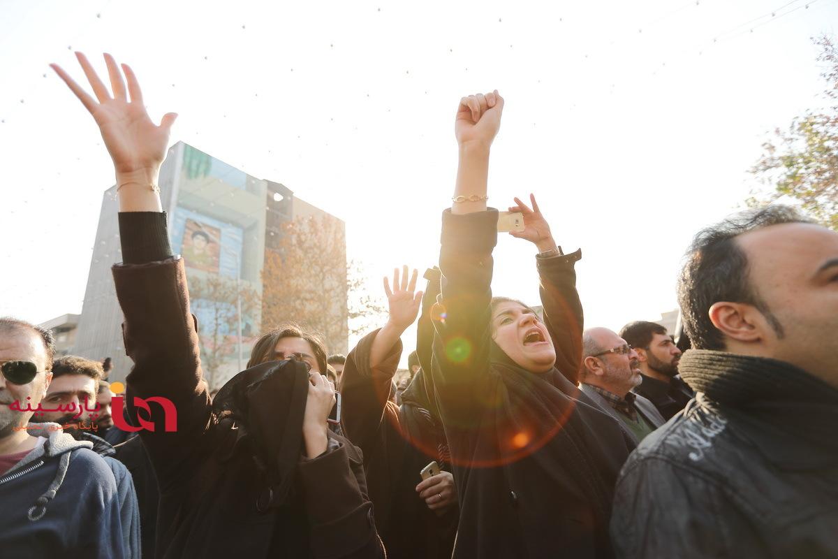 متن و حواشی مراسم  تشییع پیکر آیت الله هاشمی رفسنجانی