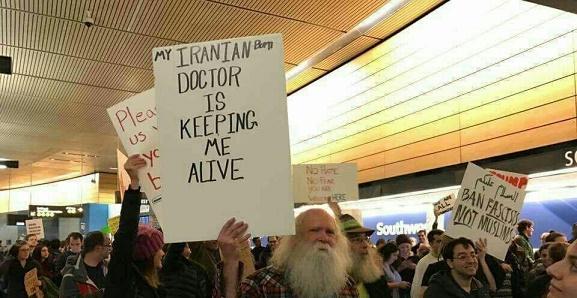 عکس/ پیرمرد آمریکایی: پزشک ایرانی من را زنده نگه داشت