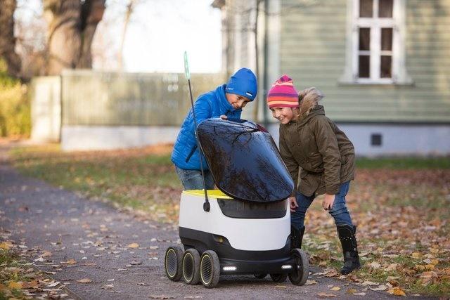 رباتها جای پیکهای موتوری را میگیرند؟