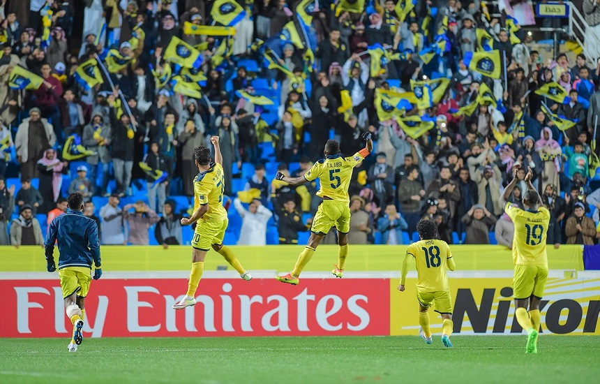 رقابت استقلال با پرتماشاگرترین تیم آسیا