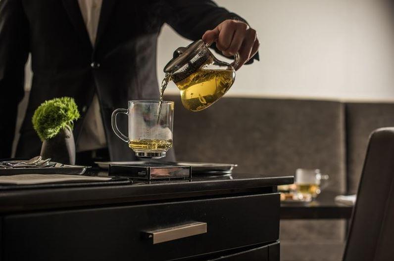 چای در فنجان های معلق به لطف خلاقیت طراحان!