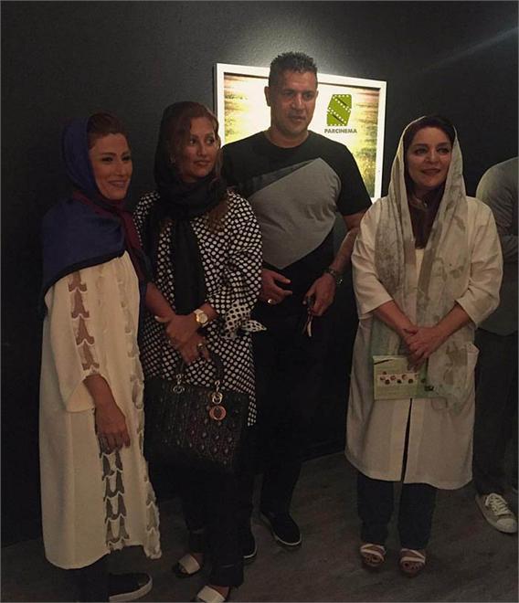 دایی و همسرش در افتتاحیه گالری عکس تهمینه میلانی