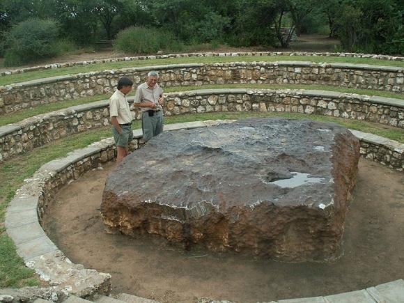بزرگترین شهاب سنگ روی زمین +تصاویر