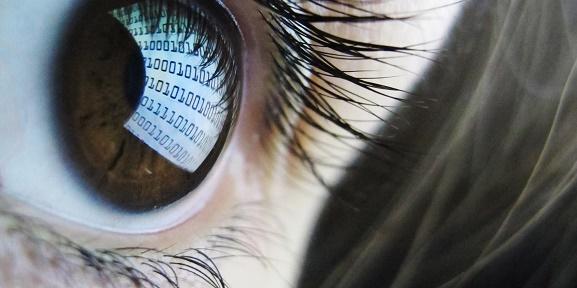 چگونه از چشم خود در مقابل «صفحه نمایش» مراقبت کنیم؟