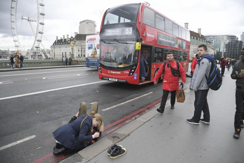 عکس تکان دهنده از حادثه لندن!