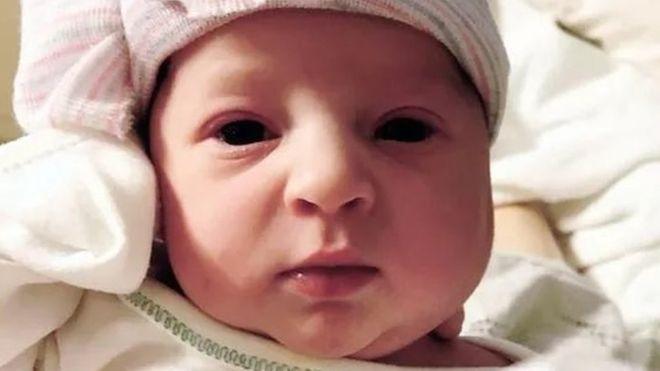 تولد جنین منجمد