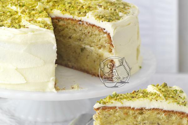 کیک پسته و گلاب دو لایه