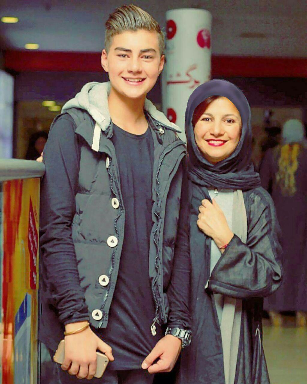 بازیگر زن در کنار پسرش در جشنواره امسال
