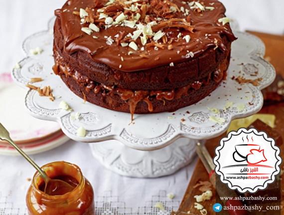 کیک شکلات و کارامل نمکی