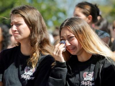 دانشآموزان آمریکایی مقابل لابی قدرتمند سلاح میایستند