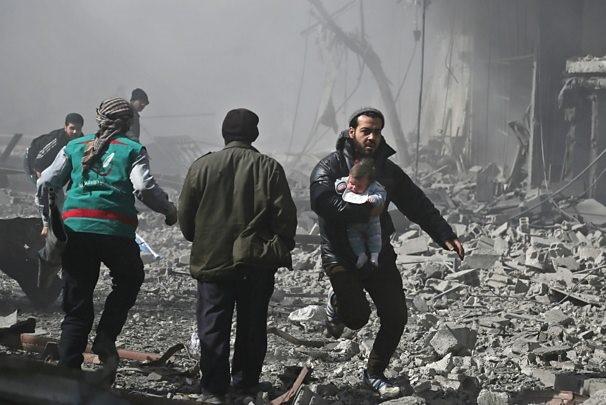 ۹۸ کشته و ۴۷۰ زخمی در حمله ارتش سوریه به غوطه دمشق