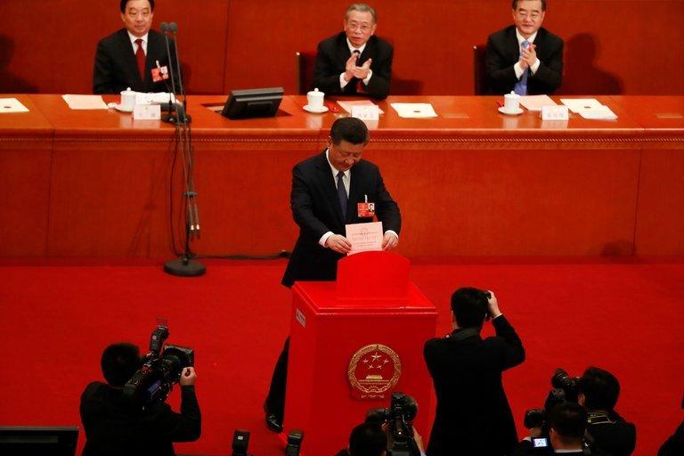 راه برای ریاست جمهوری مادامالعمر «شی جین پینگ» هموار شد