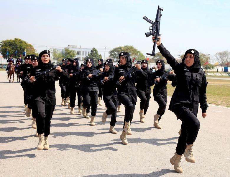 کماندوهای زن پلیس پاکستان +عکس