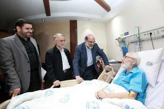 رئیس رسانه ملی از جمشید مشایخی عیادت کرد