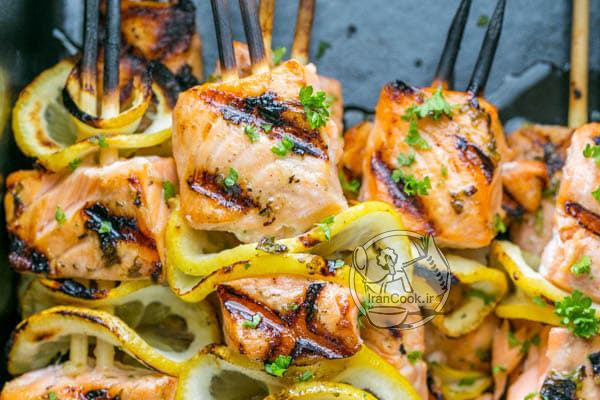 کباب سالمون لیمویی یک وعده غذایی جدید