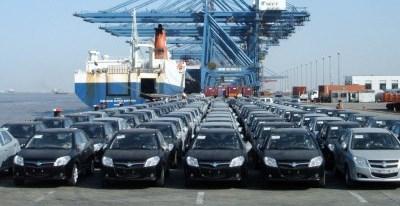 19 هزار خودرو از ساعت 2 بامداد تا 4 صبح ثبت سفارش شده است / مافیای قاچاق گمرک کشور را مدیریت می کند