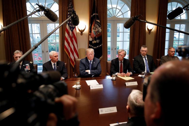 ترامپ: روسیه آماده باش، موشکهای زیبا و هوشمند ما میآیند
