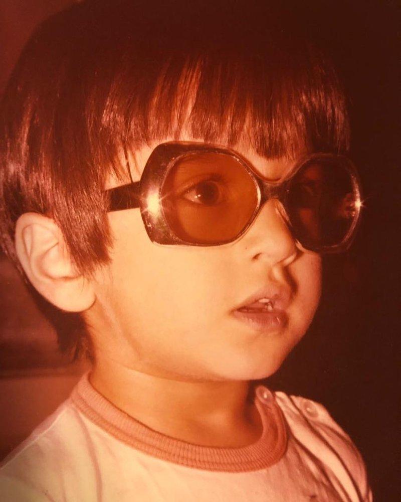 عکسی با مزه از چهار سالگی رامبد جوان