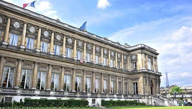 درخواست فرانسه از ایران برای توقف فعالیت موشکهای بالستیک