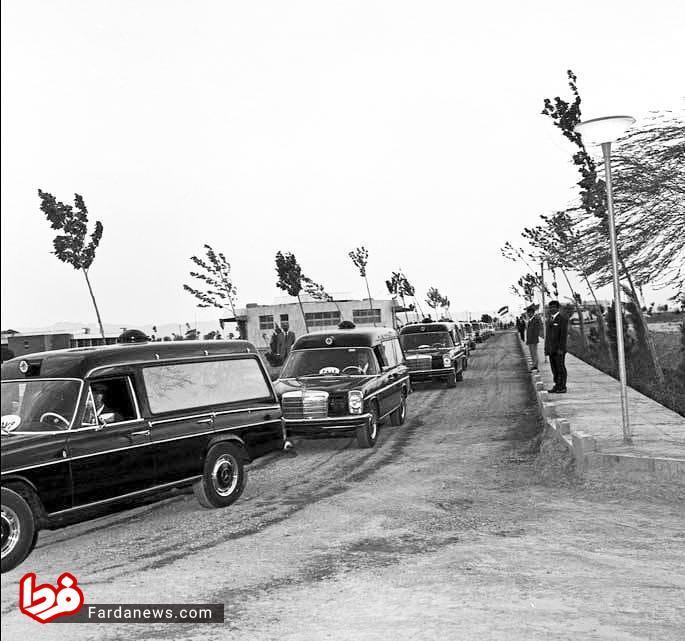 افتتاح بهشت زهرا تهران با بنزهای سیاه رنگ صفر کیلومتر+ عکس
