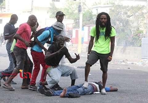عکس تکان دهنده از حاشیه اعتراضات هائیتی