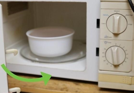 چگونه گوشت یخ زده را یخ زدایی کنیم؟