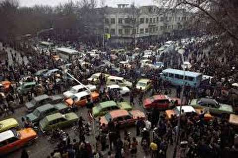 ترافیک تهران پس از اعلام فرار شاه +عکس