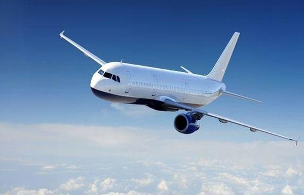 لزوم تعیین سقف قیمت برای بلیتهای هواپیما