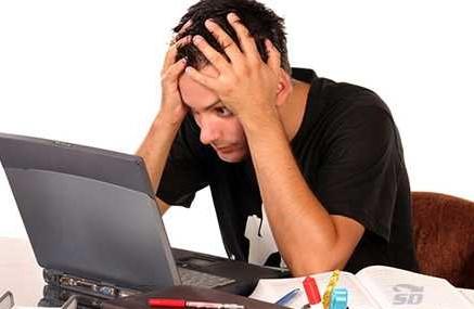 راهکارهایی برای رفع مشکل روشن نشدن لپ تاپ