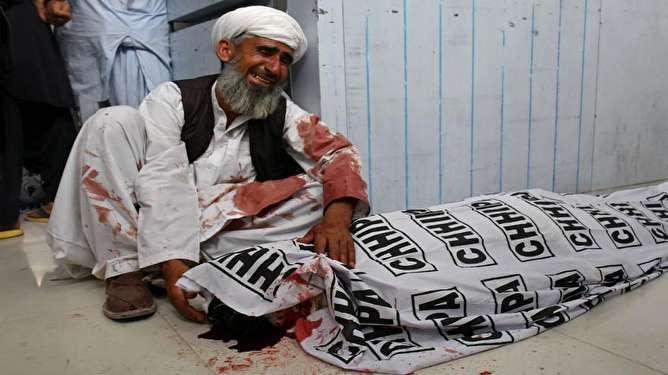 عملیات انتحاری «داعش» در پاکستان بیش از ۱۲۸  کشته بر جای گذاشت