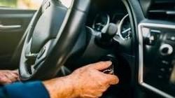 استارت نخوردن خودرو به چه علت رخ میدهد؟