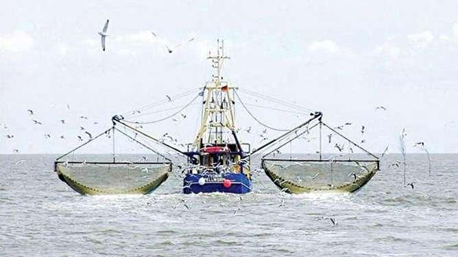 تور ماهیگیران چینی روی زندگی صیادان ایرانی
