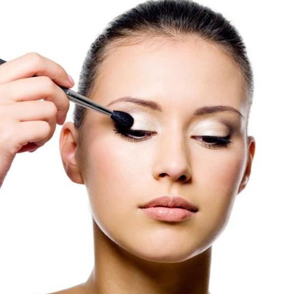 آموزش آرایش چشم ملایم دخترانه