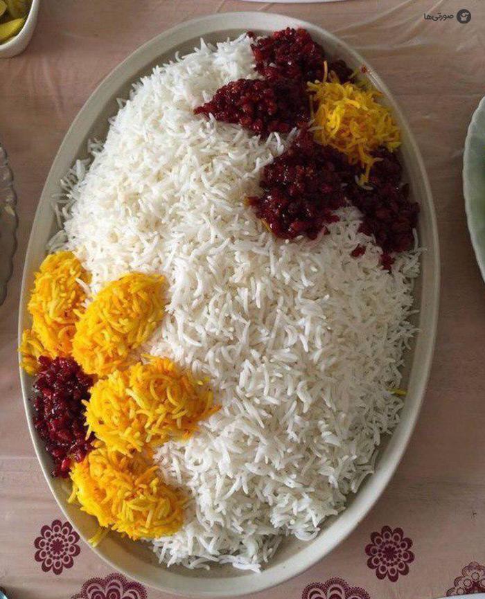 ایدههای تزیین برنج با زعفران و زرشک