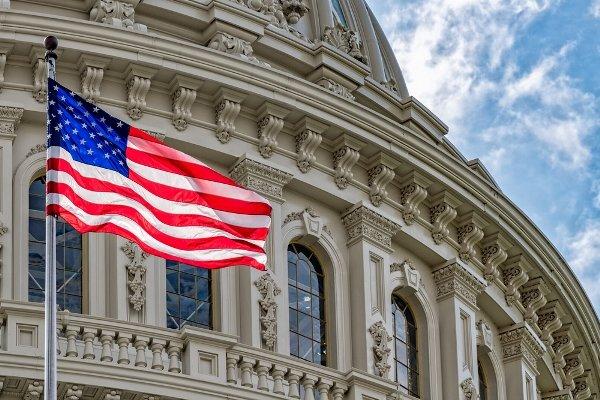 طرح کنگره آمریکا برای توقف فروش سلاح به عربستان