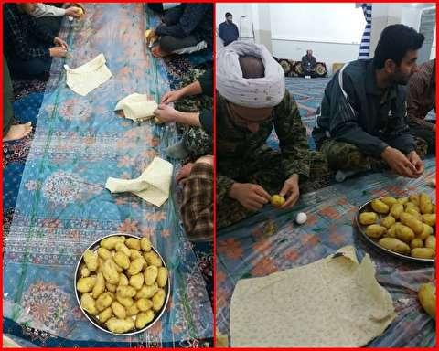 غذای لاکچری نیروهای جهادی در لرستان + عکس