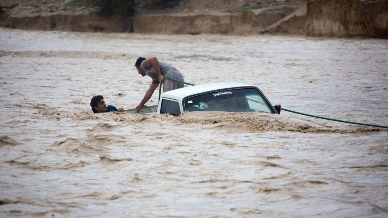 اسکان اضطراری بیش از ۲۹۰ هزار نفر در جریان سیل