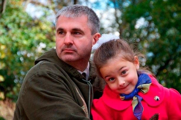 تصاویری از خلبان اوکراینی کنار فرزندانش