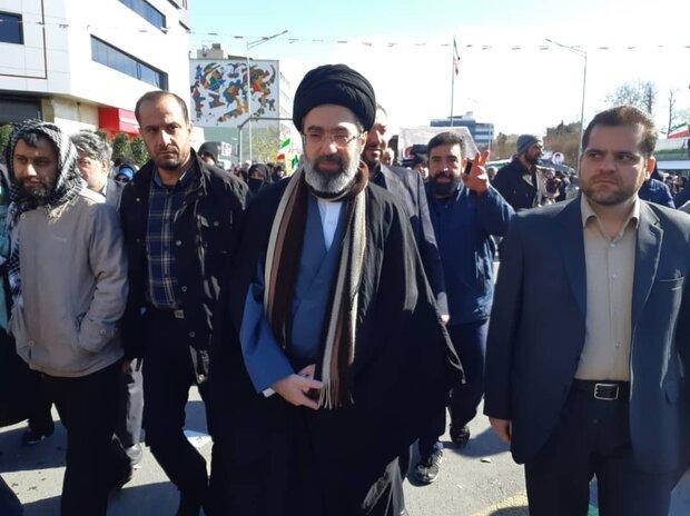 حضور پرشور مردم ایران در راهپیمایی یومالله ۲۲ بهمن