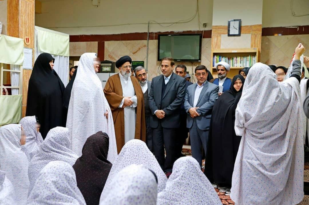 دستور ویژه حجت الاسلام رئیسی درباره اعطای مرخصی به زنان در زندان